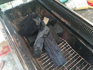 炭の組み方