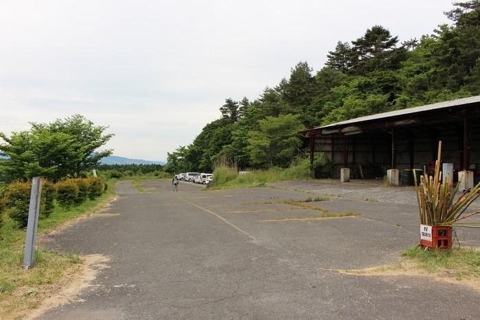 万年山 駐車場