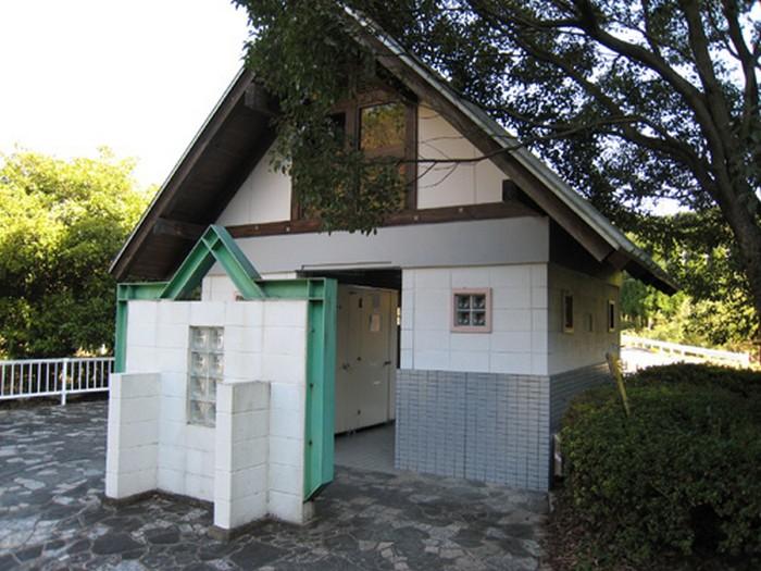 水辺公園 トイレ