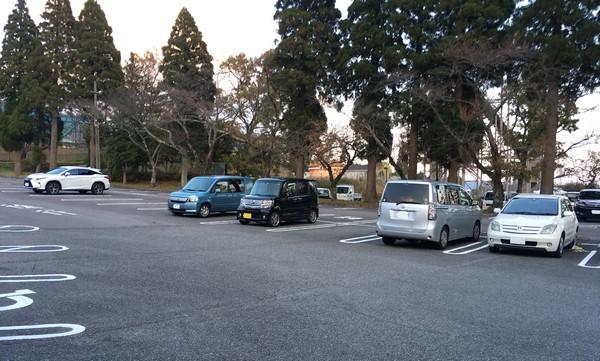 城島ホテル 駐車場