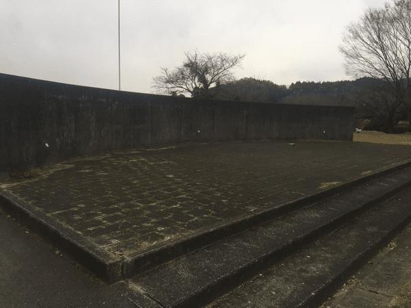 吉井百年公園 ステージ
